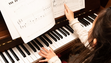 ピアノレッスンnituite